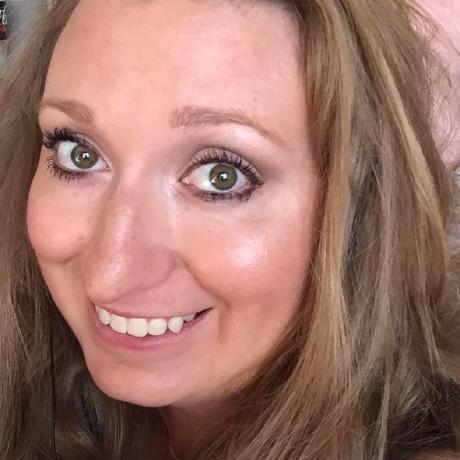 Amanda Wisniowski's avatar