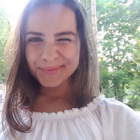 Nicole Dolot