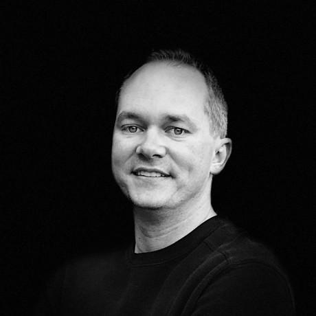 A Dynamic Hierarchical Web Based Portal Matt Spaulding
