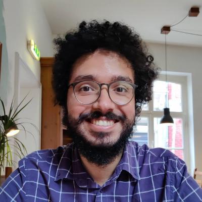 GitHub - lucas-tulio/simple-reddit-crawler: Lightweight